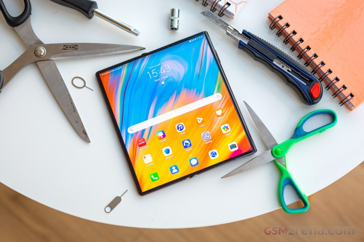 I used the Huawei Mate Xs and now I don